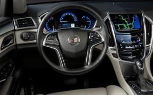 2015-Cadillac-SRX-SUV-interior