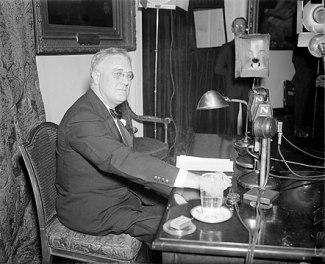 442px-FDR-April-28-1935-fireside chat blog