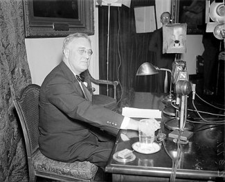 442px-FDR-April-28-1935-fireside chat blog