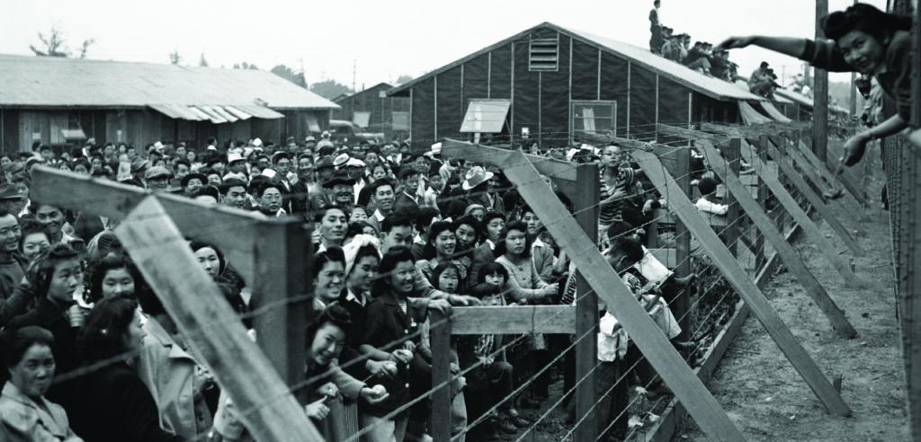 forced-internment-japanese-americans