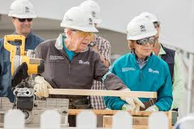 President Carter and Rosalynn Carter volunteer for Habitat for Humanity
